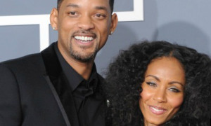 Jada Pinkett-Smith Hires Divorce Lawyer? (thumbnail)